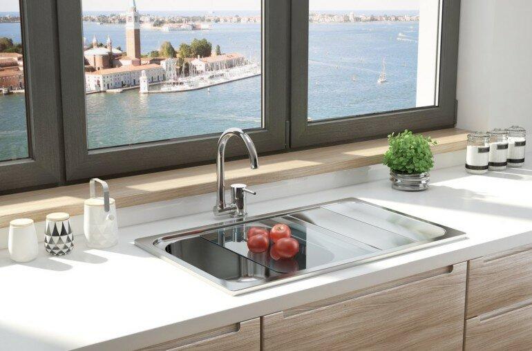 Как перенести мойку на кухне, чтобы не нажить себе неприятностей?